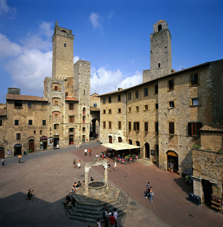 siena and san gimignano